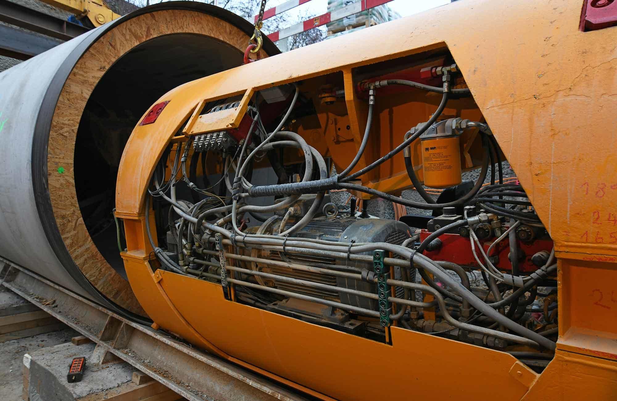 Swissgrid Übergangsbauwerk-Süd SBB-Untertunnelung Gäbihübel